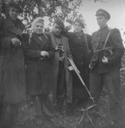 gruppo partigiani estoni